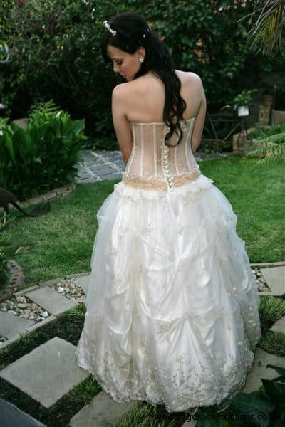 cheap-budget-wedding-dresses-033